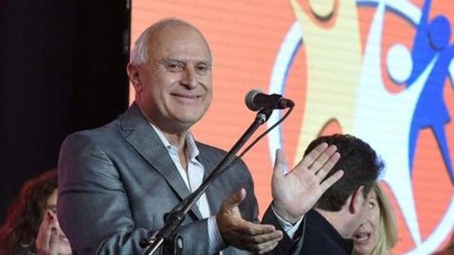 Lifschitz en la Rosada para negociar la deuda histórica