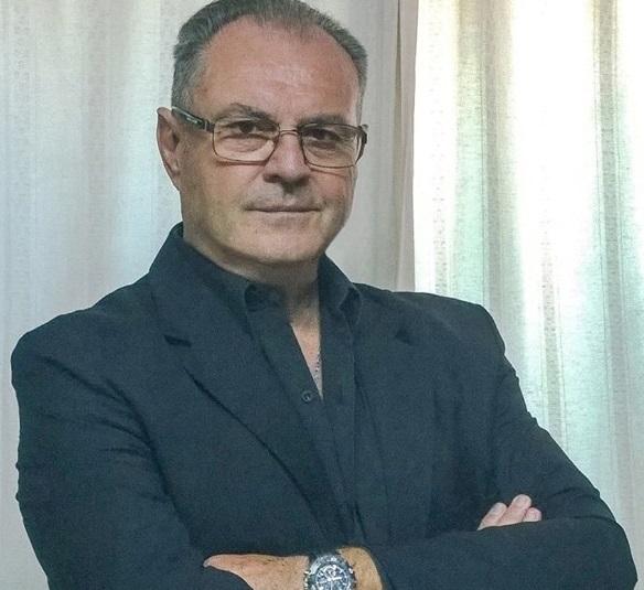 Fernando Manera, bioquímico.