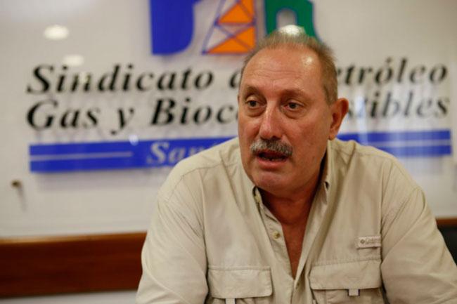"""Rubén Pérez, del Sindicato del Petróleo, Gas y Biocombustibles: """"No hayplan B. Es difícil que la planta se reactive""""."""
