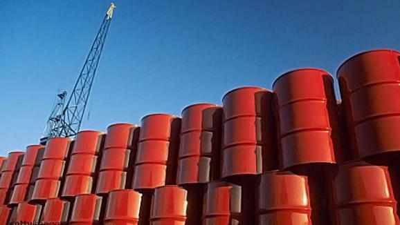 Argentina dejó de controlar la importación de crudo.