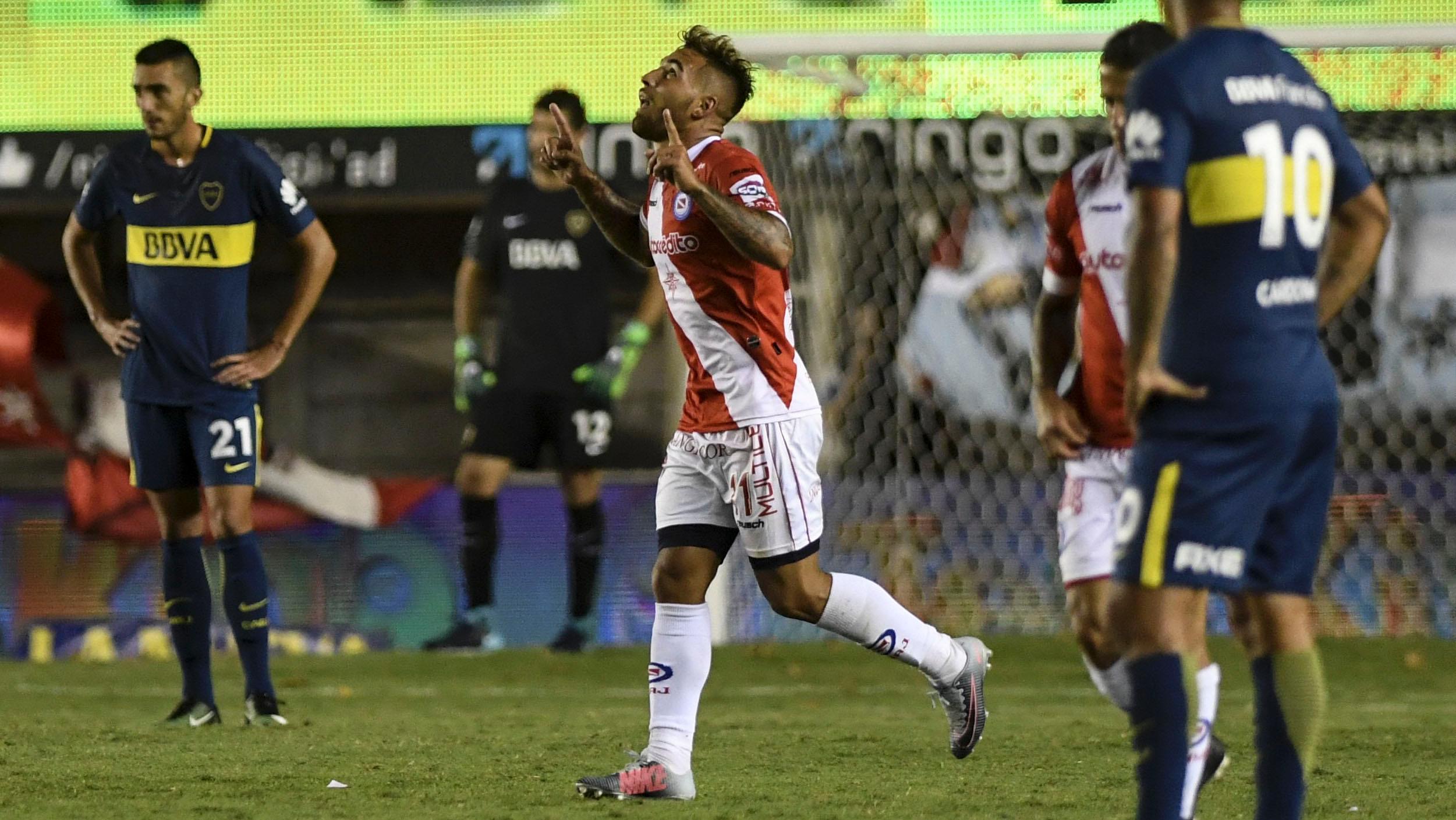 Batallini marcó el segundo del partido. (Foto: Télam)