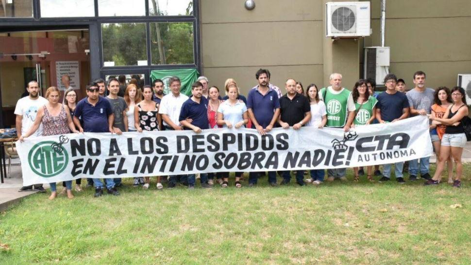 Se registraron despidos en Rosario y varios puntos del país.