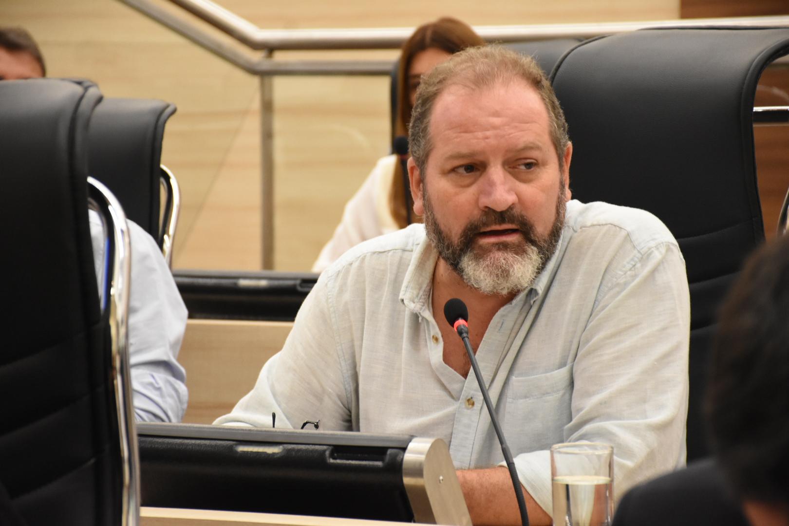 Cardozo, de Cambiemos, pide sanciones para el Ejecutivo local.