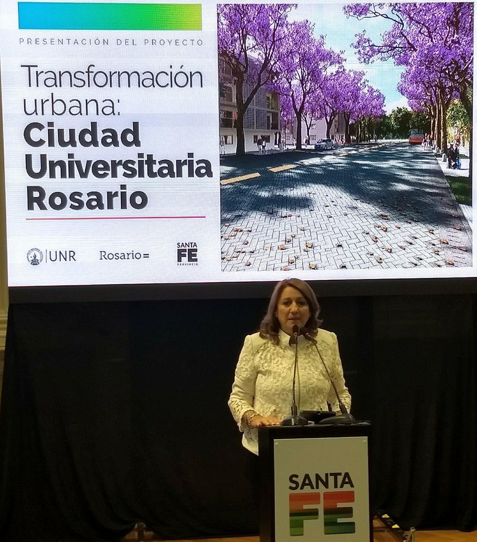 La intendenta en el lanzamiento del plan (RosarioPlus)