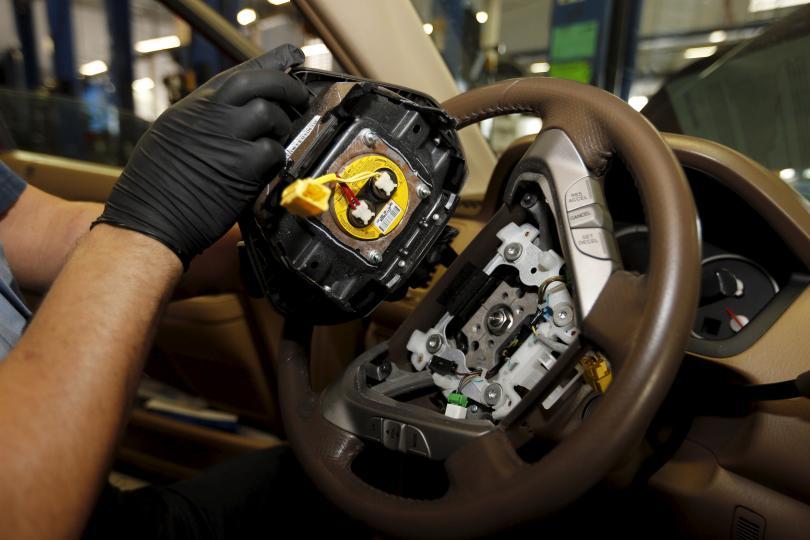 La automotriz japonesa atribuyó la falla a un proveedor, Takata, que suministró un dispositivo inflador del airbag con fallas de fabricación.