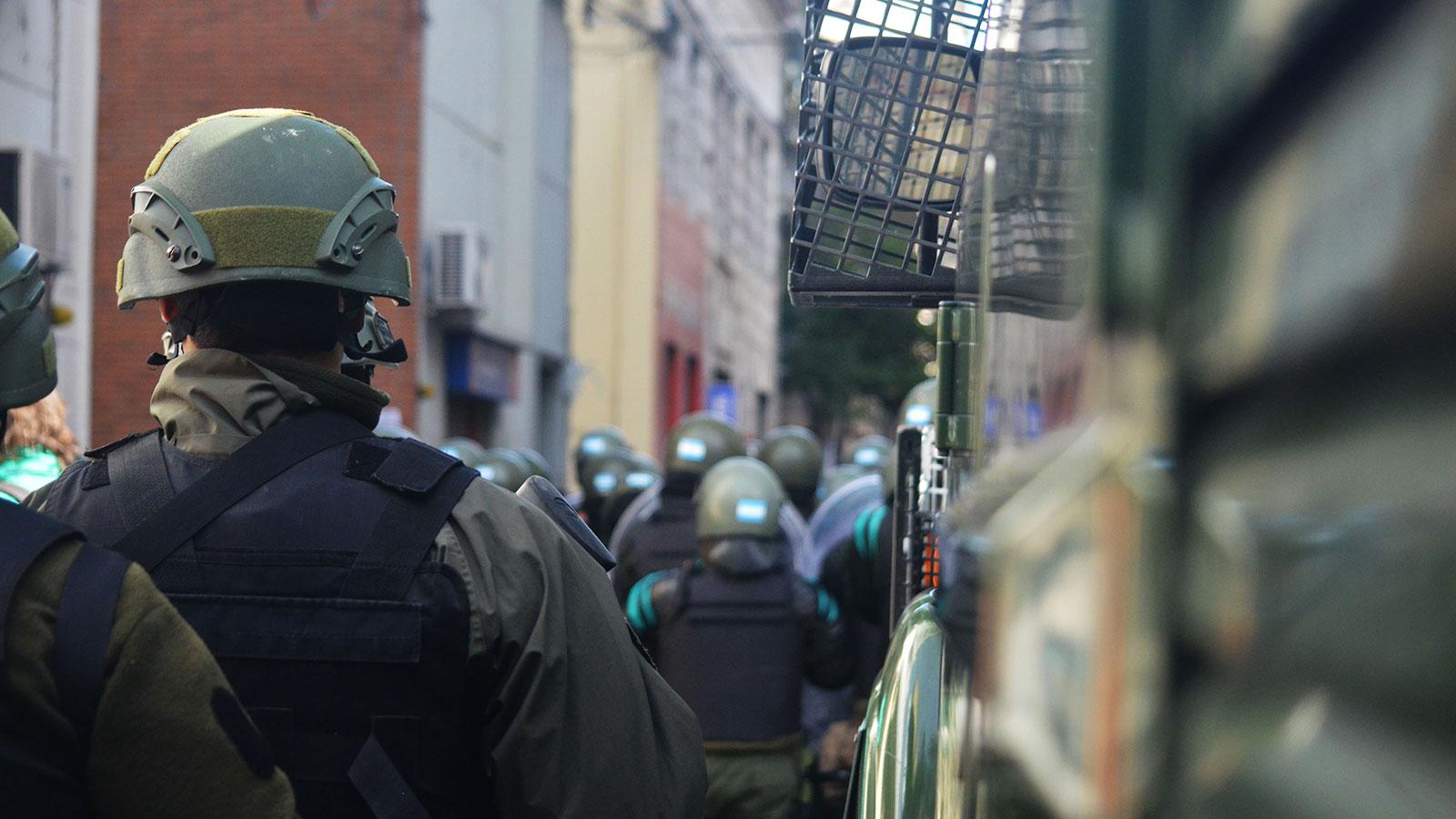 """""""No creemos que sea el camino"""", dijeron los jóvenes socialistas sobre Gendarmería."""
