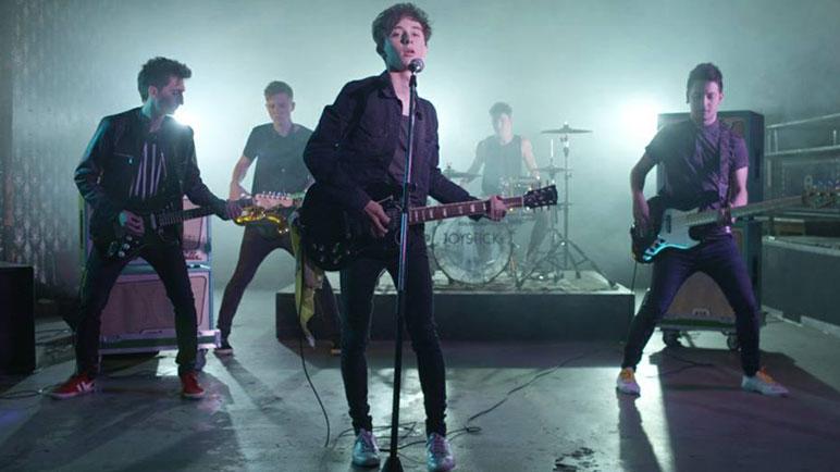 ¿Que pasó?, es el tercer videoclip que pone en escena la banda.