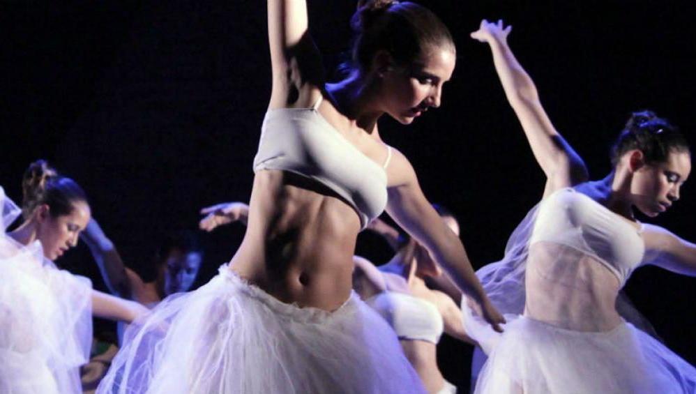 Convocatoria local e internacional para bailarines y coreógrafos
