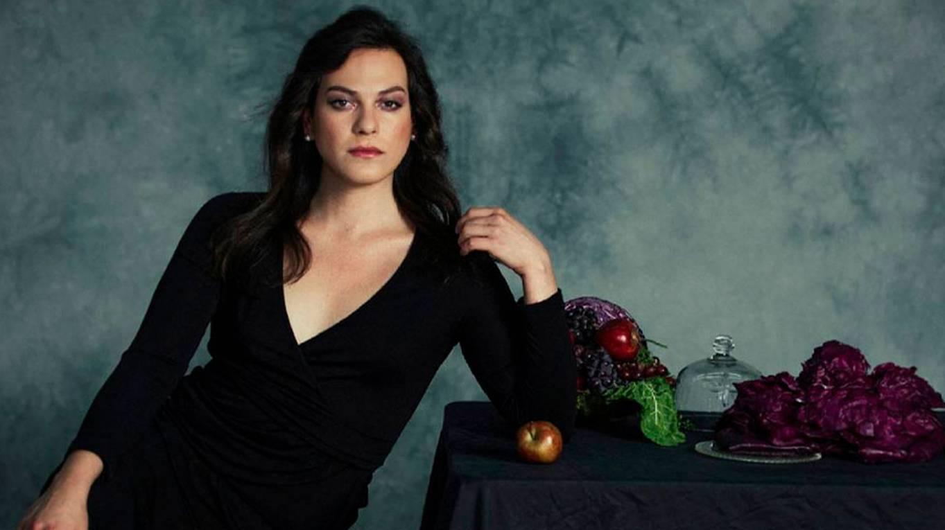 La actriz chilena subirá al escenario del Kodak Theatre a presentar un premio