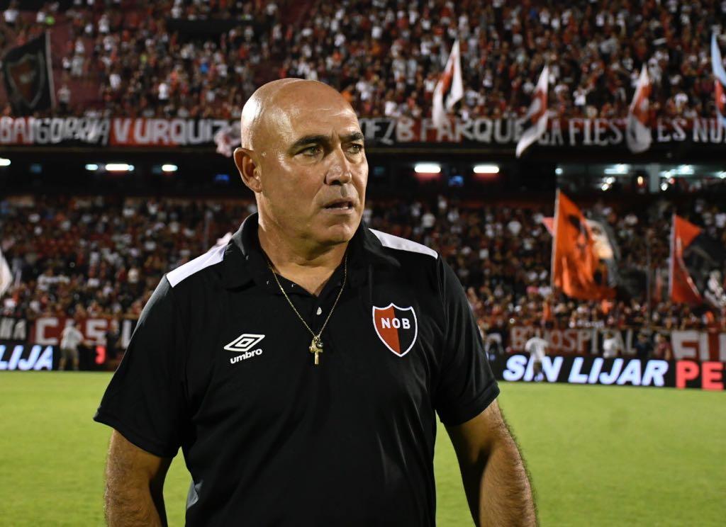 Llop afirmó que sigue al frente de Newell's (Foto: Juan José García)