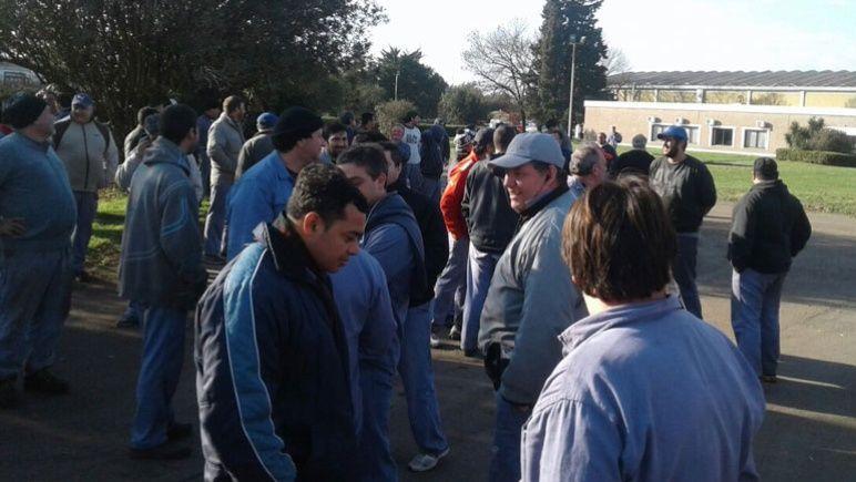 Los empleados de Gherardi, en una protesta por atrasos salariales.