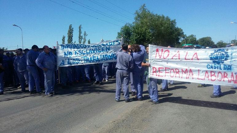 La situación de los trabajadores de Gherardi continúa siendo angustiante.