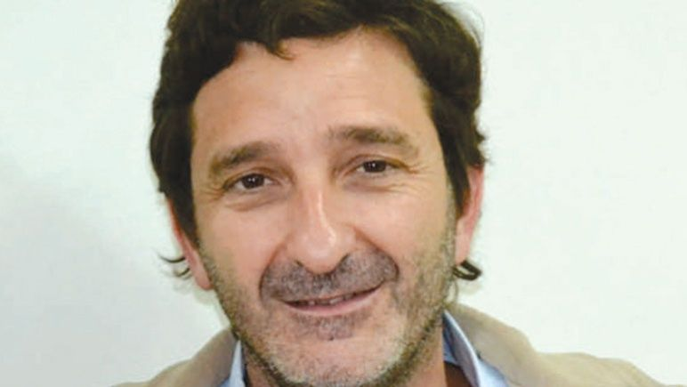 Andrés Golosetti, junto al resto de la bancada del FJ, se manifestó en contra del aumento en la tasa