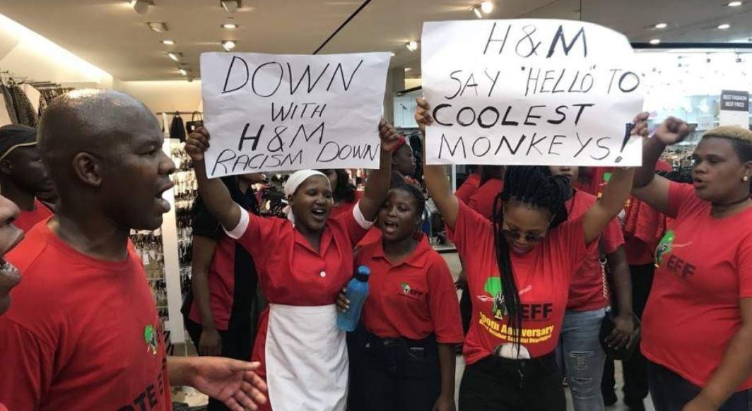 La cadena H&M cerró sus locales en Sudáfrica.