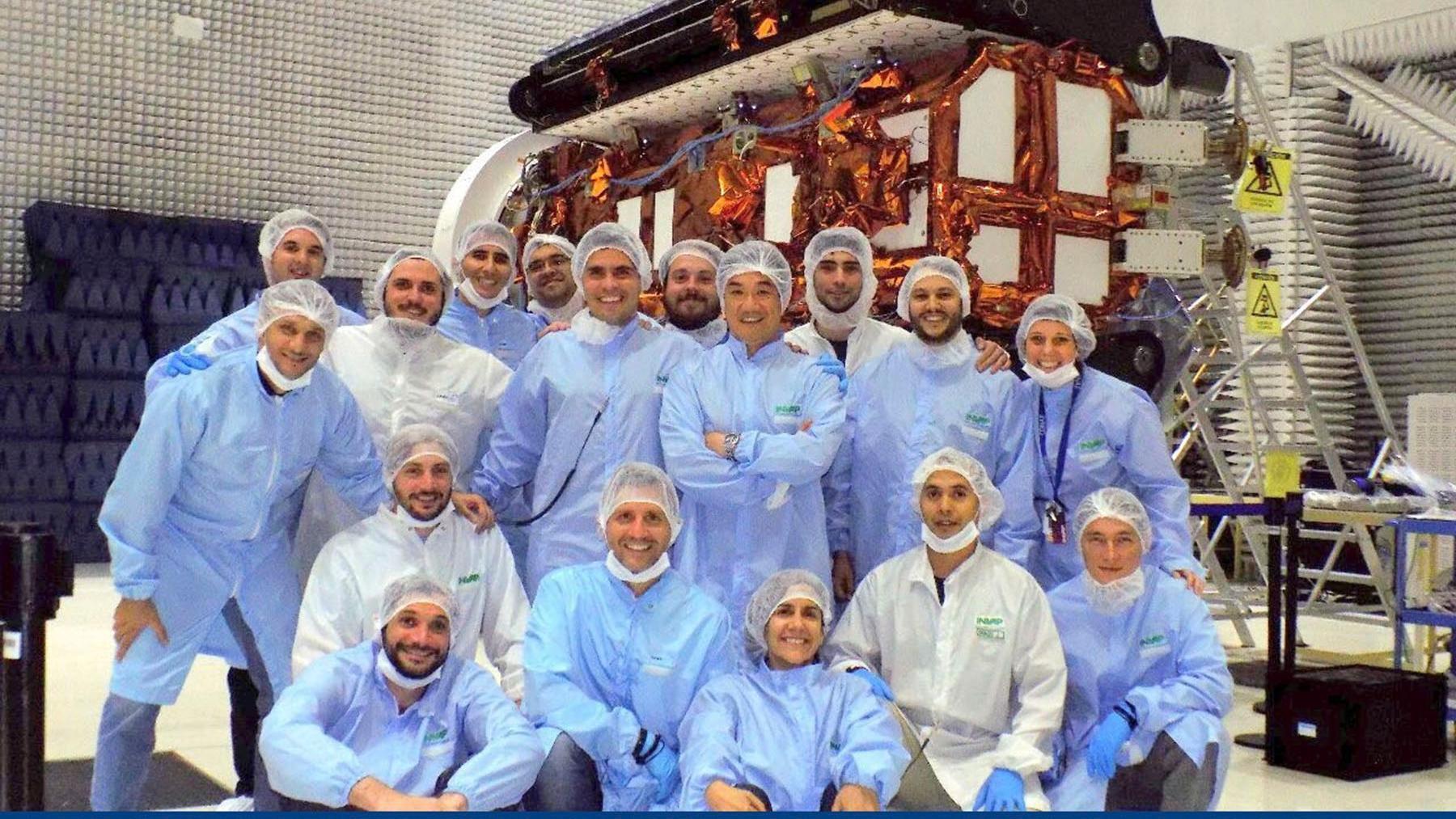 La intención es que el satélite esté en órbita a partir de agosto.