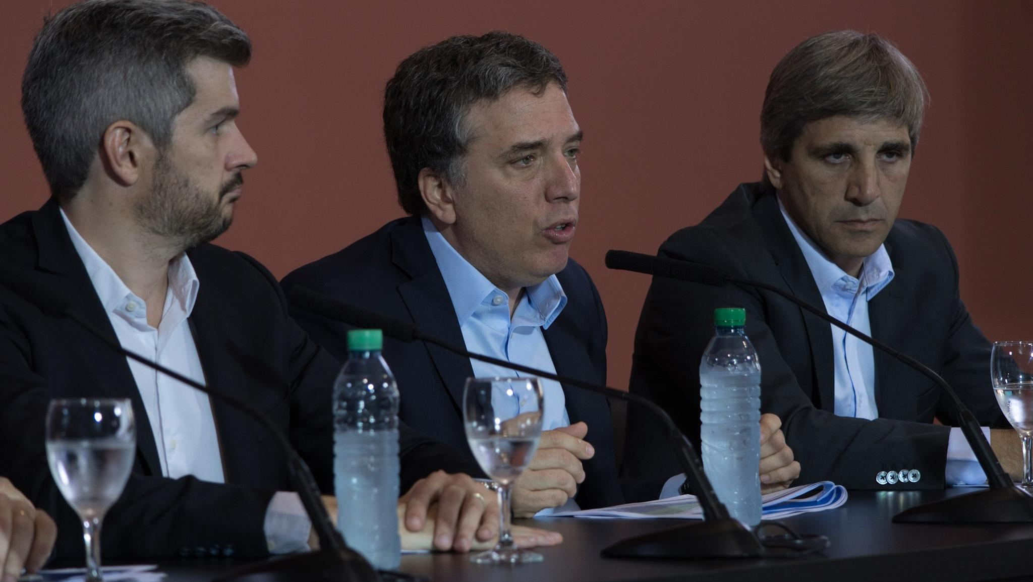 Conferencia de prensa de Peña,Dujovney Caputo. (Foto: Télam)
