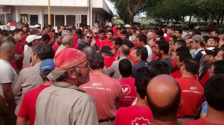 Una protesta de trabajadores de Vassalli.