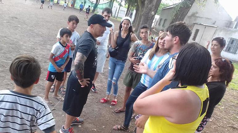 Jorge Sampaoli se hizo presente en El Potrero y los chicos la pasaron de maravilla.