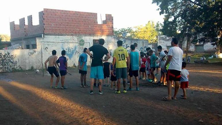 La práctica del jueves fue muy especial para los chicos de El Potrero.