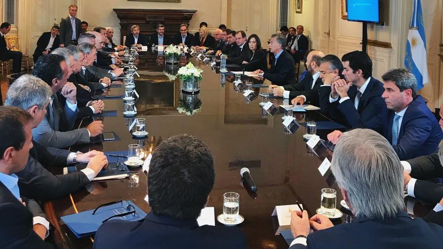Los gobernadores se reunieron con Macri y su gabinete. (TW: Casa Rosada)
