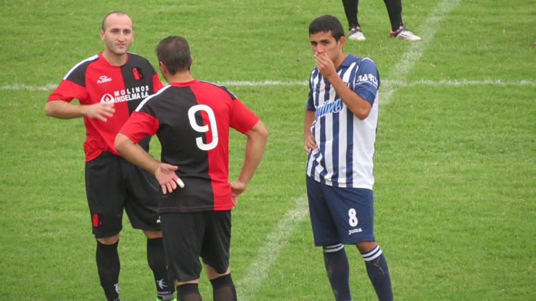 Atlético Sanford podría volver al fútbol de la LCF. Aprendices está en duda.