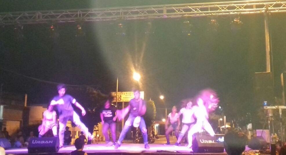 A puro baile en Nueva Roma.