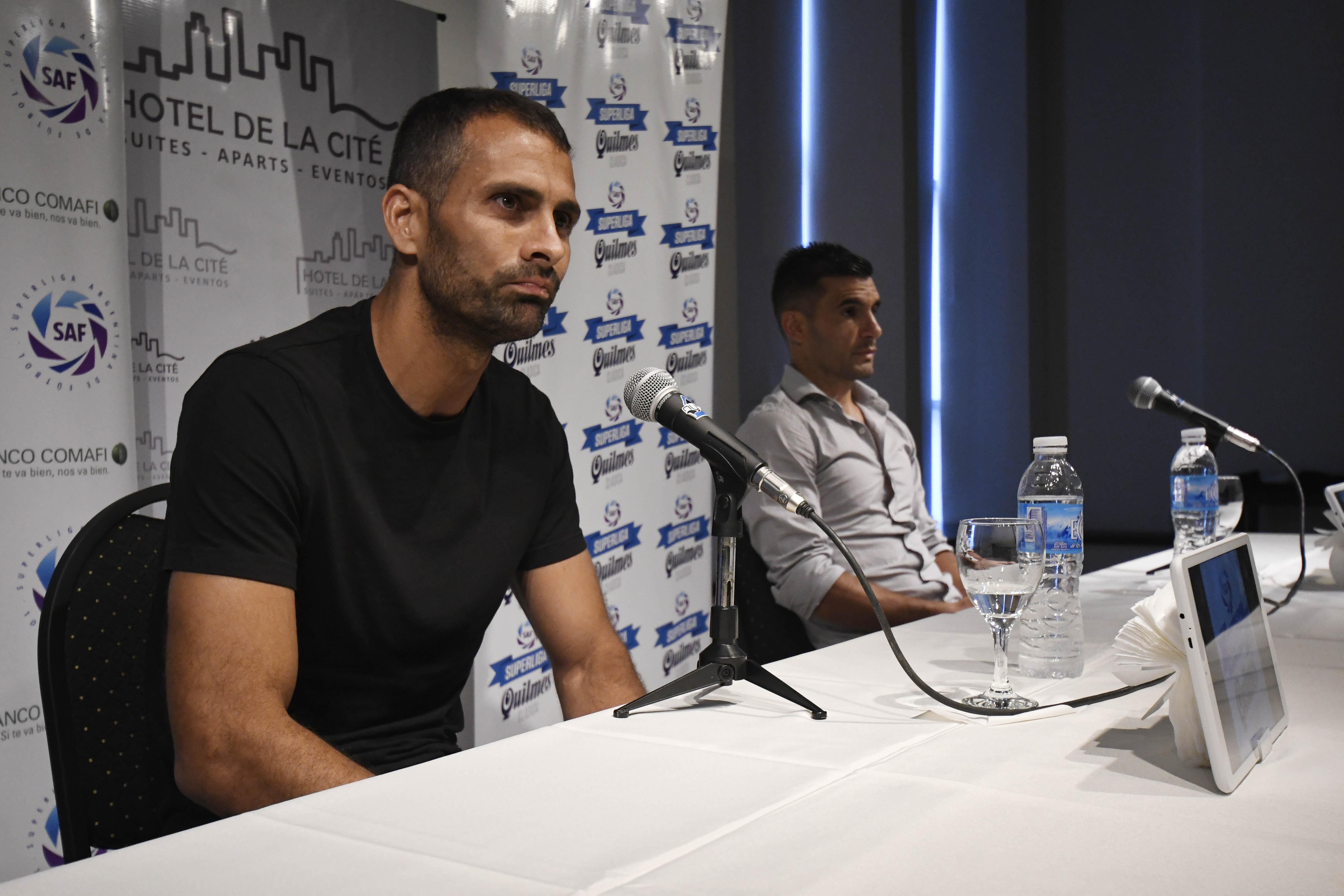 Los referentes dialogaron con la prensa en el hall de un hotel céntrico. (Foto: Juan José García)