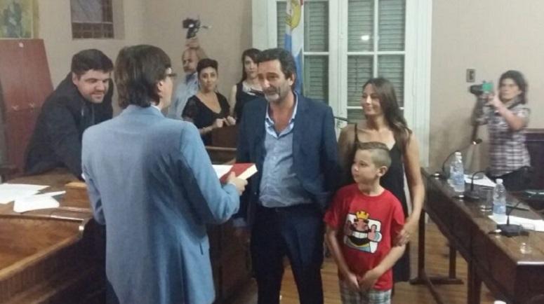 La nueva formación del Concejo Municipal fue presentada en sociedad.