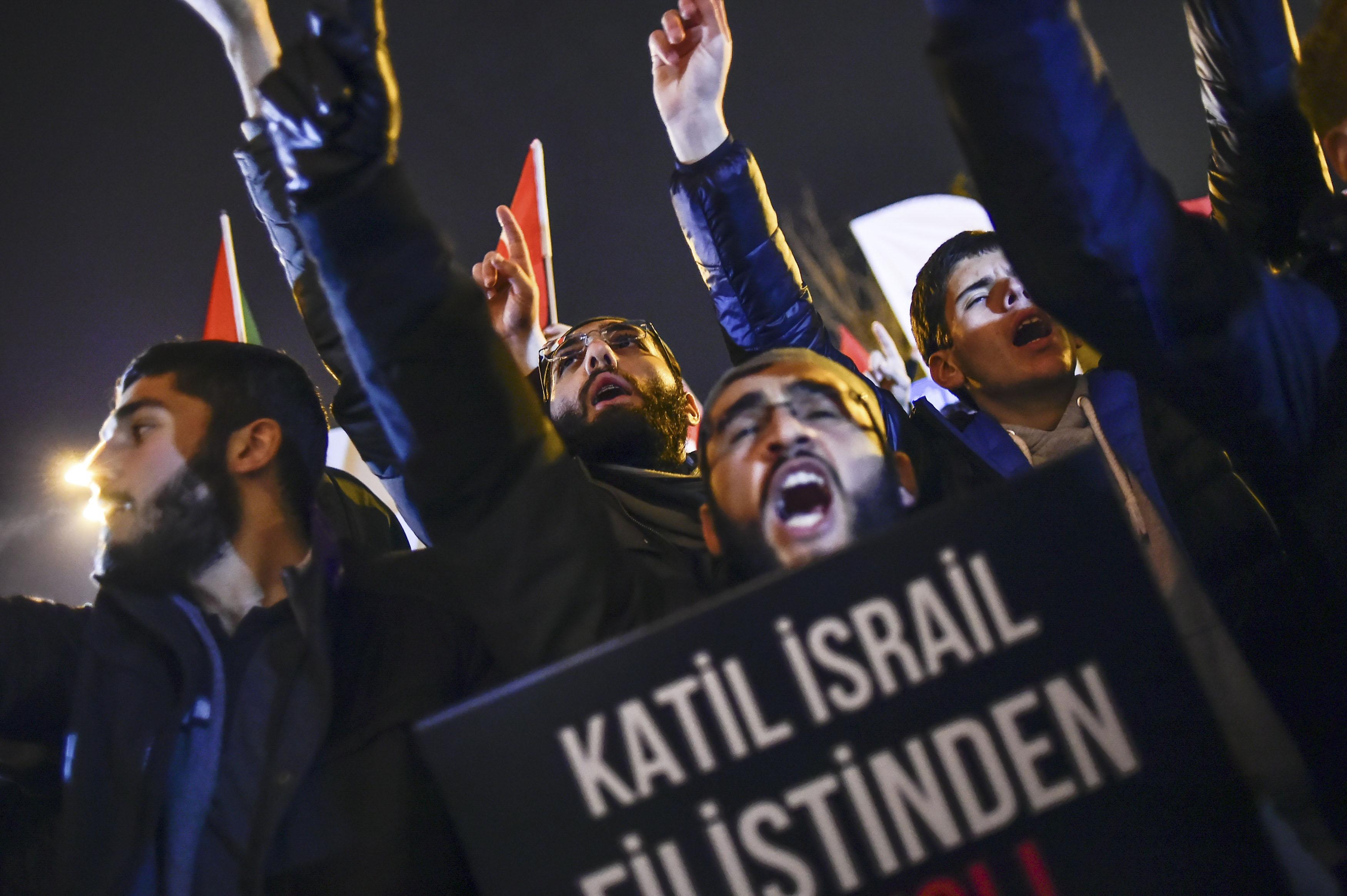 En Turquía hubo protestas en las calles (Telam)