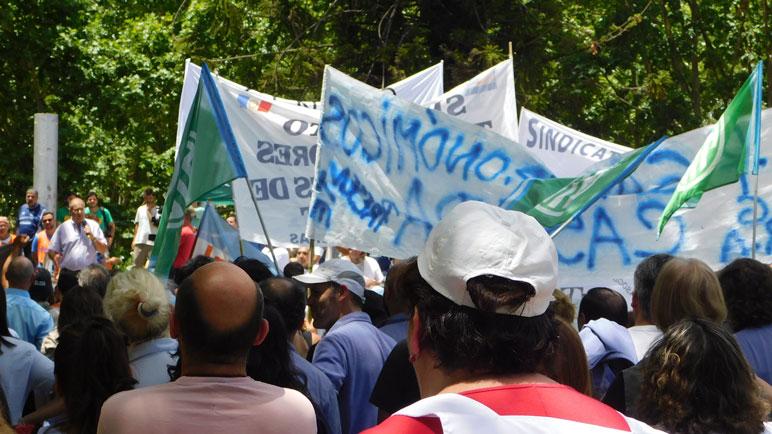 La marcha contra las reformas laborales y previsionales tuvo un gran marco.