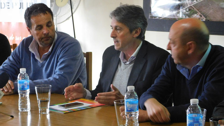 Garibay visitó Arequito en septiembre y presentó el proyecto.
