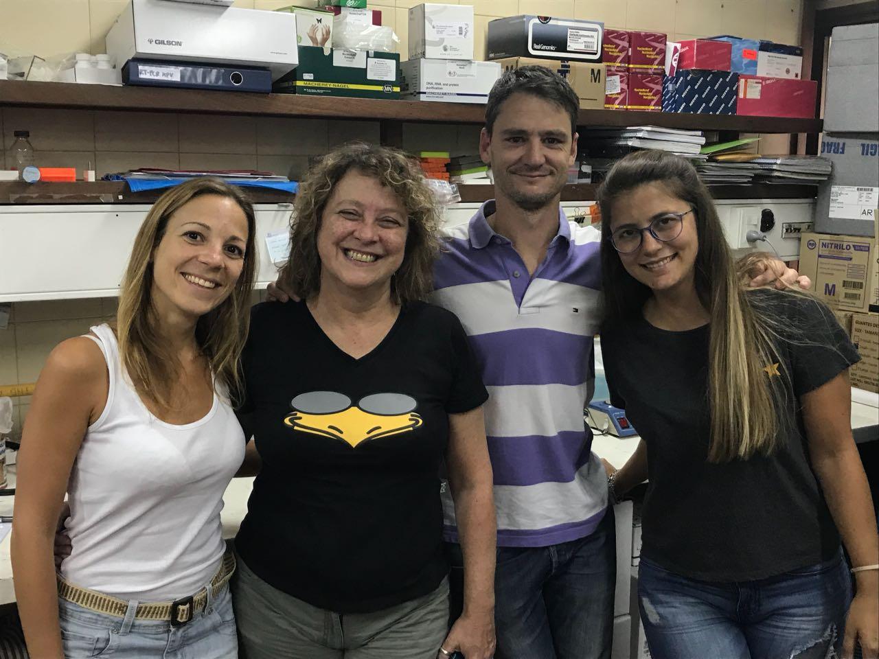 De izquierda a derecha, Dra. Florencia Re, Dra. Adriana Giri,Dr. Diego Chouhy, Dra. Elisa Bolatti.