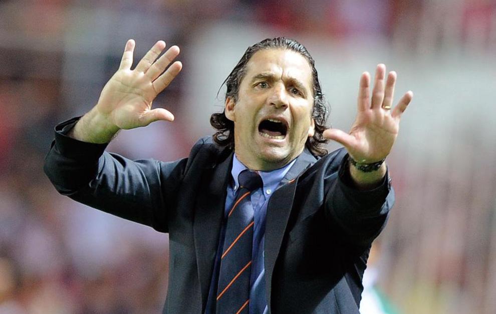 Pizzi, de 49 años, dejó recientemente la dirección técnica del seleccionado de Chile.