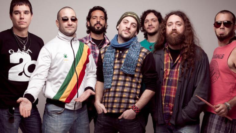 La banda presenta su disco en vivo
