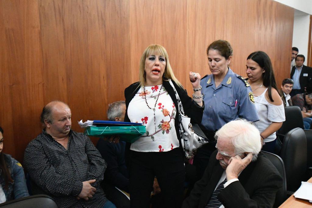 Una asesora de las defensas se metió donde no debía y tuvo que ser desalojada. (JJ García)