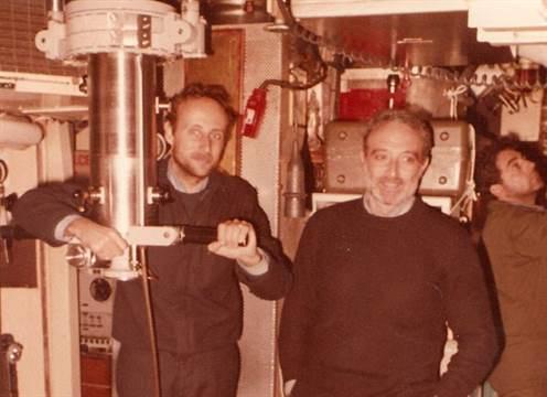 Parte de la tripulación del ARA San Luis