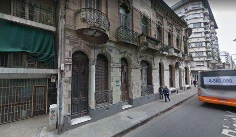 La propiedad de Rioja al 600, objeto de la disputa judicial.