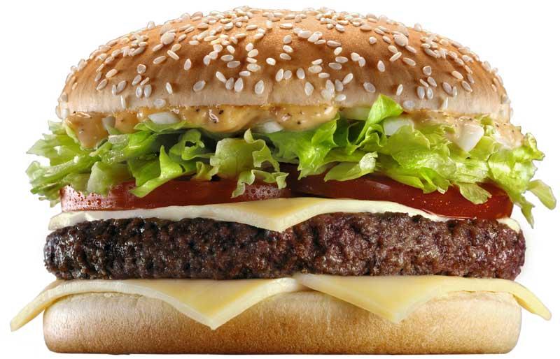 A la polémica por el orden de los ingredientes de la hamburguesa, se sumó el de la cerveza