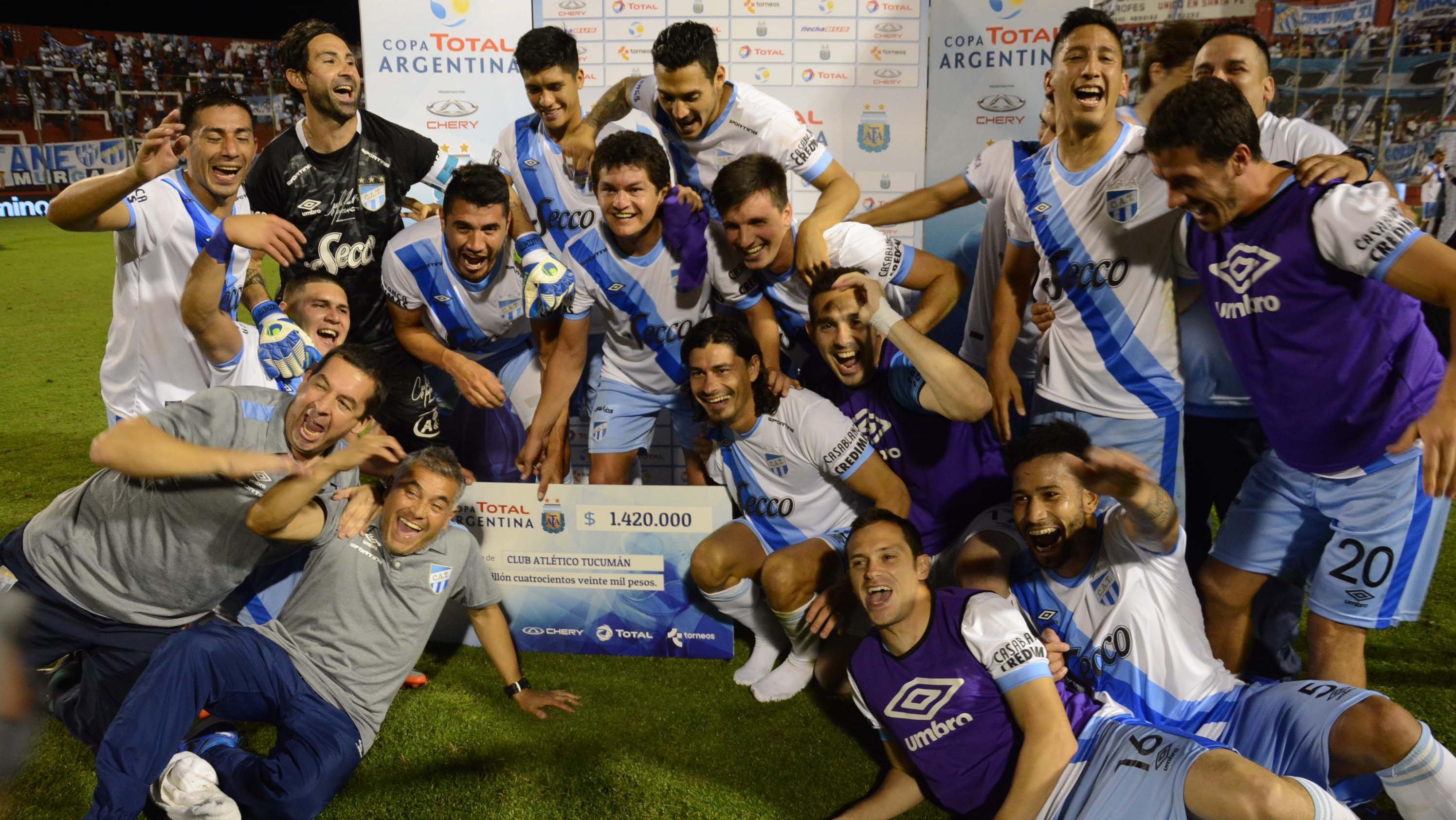 El Decano jugará contra Rosario Central en semis. (Foto: Télam)