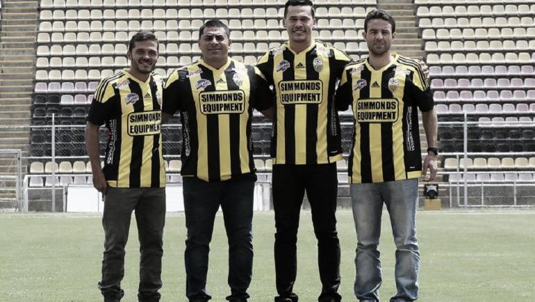 El nuevo cuerpo técnico de Táchira, con Masiero en la derecha.