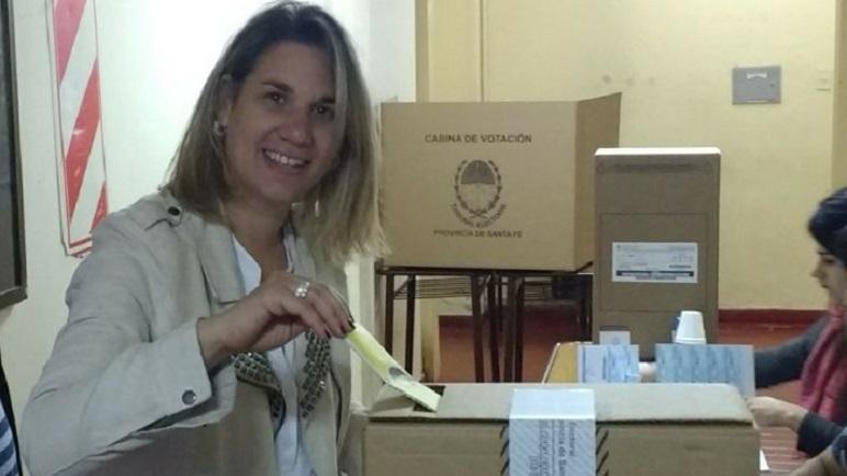 Manuela Bonis, la representante de la FPC. Votó en la Escuela Nacional.