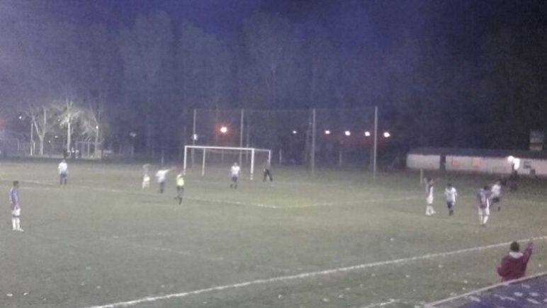 En Parque Casado, el partido concluirá con luz artificial.