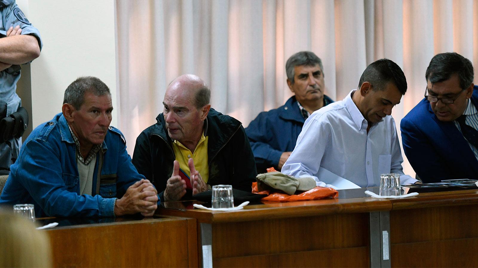 Los imputados durante la lectura de la sentencia.