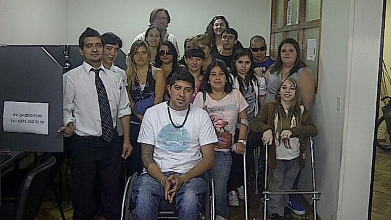 El staff de Nómines está compuesto por unos veinte empleados.