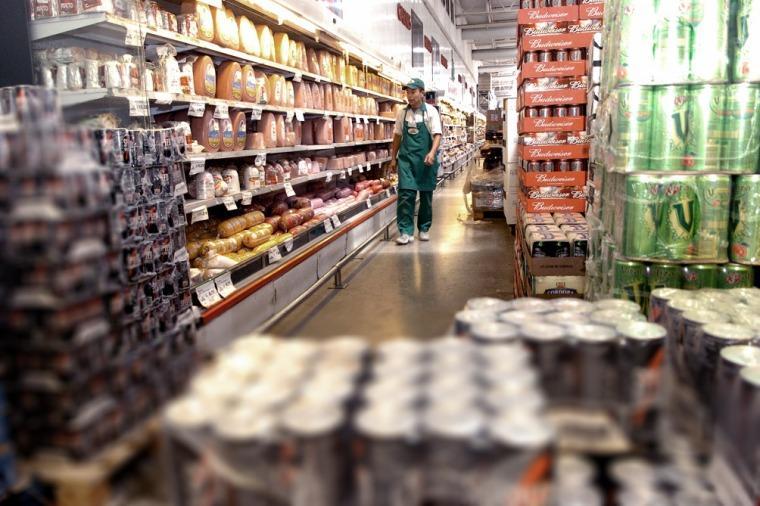 Popronen que los supermercados abran los domingos durante diciembre