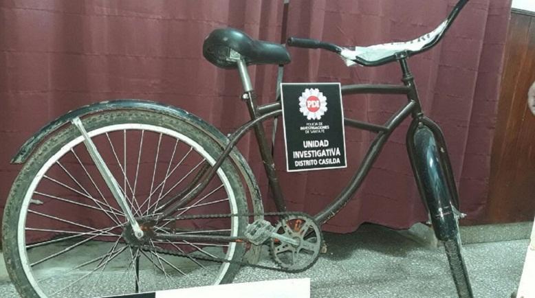 Estas dos bicicletas todavía no fueron reclamadas.