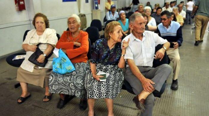 Los jubilados aguardan para que el fallo judicial los alcance a todos.