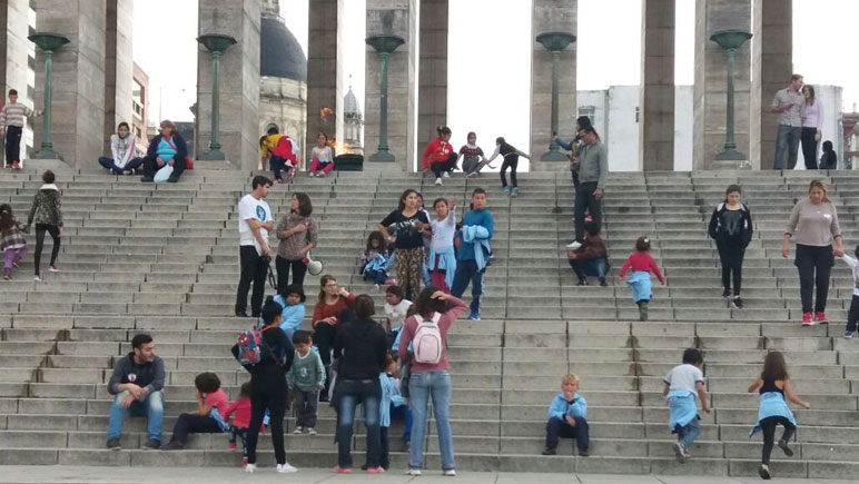 Los chicos del CAF, de paseo por Rosario.