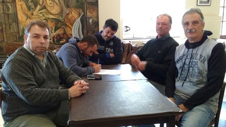 Los referentes del PJ Caseros firmaron un comunicado dirigido al Gobierno Provincial.