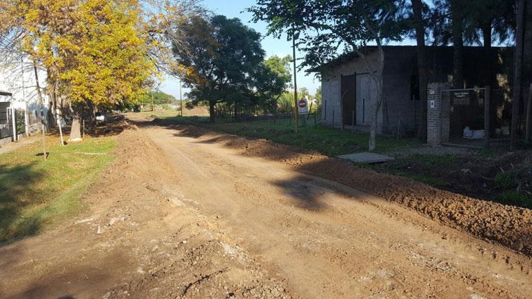 Este jueves se hicieron arreglos en tres cuadras de calle Catamarca.